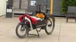 Das Lastenrad wird eingeweiht